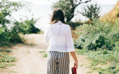 How to Walk Away From a Bad Relationship with Confidence