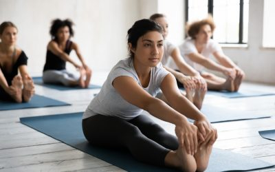 3 Easy Yoga Poses to Manage College Stress